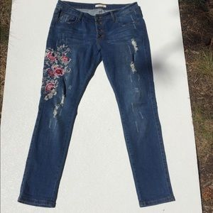 Machine Jeans Slim Distressed Embroidered